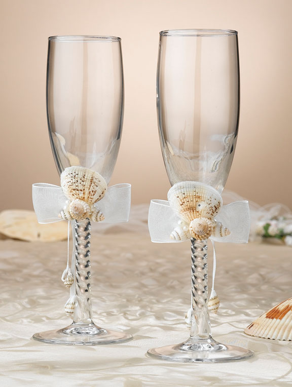 Oceans Away Collection Seashell Toasting Glasses - Click Image to Close