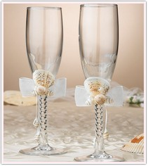 Oceans Away Collection Seashell Toasting Glasses