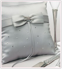 Platinum Wedding Collection Ring Pillow
